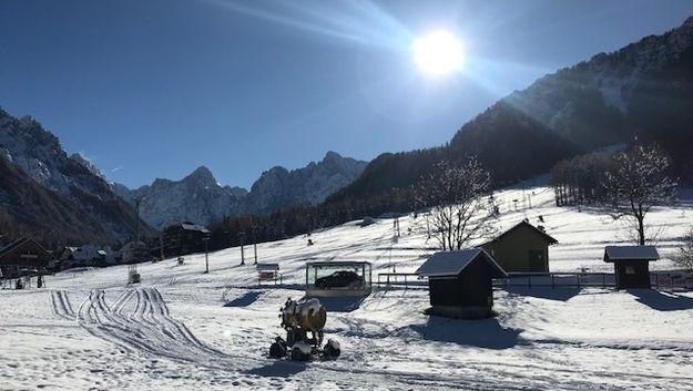 V Kranjski Gori prvi sneg