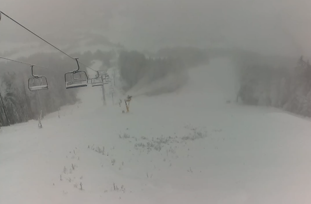 V Kranjski Gori prvi letošnji sneg