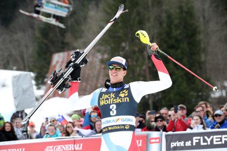 Zmaga na slalomu Švicarju Zenhaeusernu