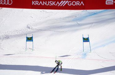 Konec prve slalomske vožnje, v finalu en Slovenec