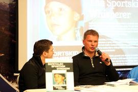 Tiskovna konferenca Andreja Miklavca ob izidu njegove knjige / Andreja Miklavc book press conference