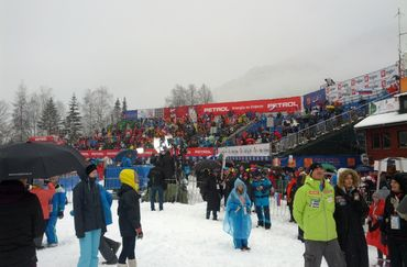 Hirscher in the Lead